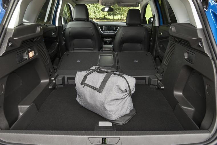 Vauxhall Grandland X boot