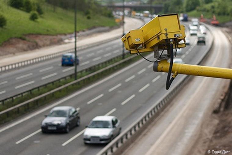 speed-camera-on-the-motorway-flickr-user-dave-rutt_2_2