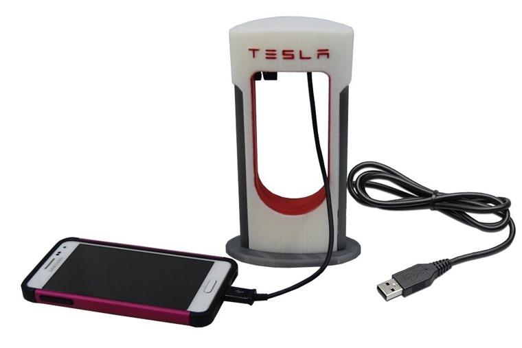 tesla-supercharger-usb-stand1