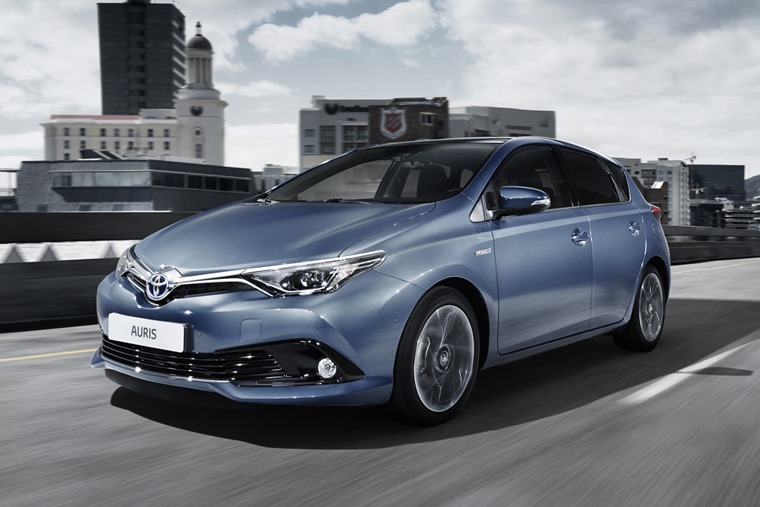 тойота аурис 2016 >> First Drive Review Toyota Auris Facelift 2016