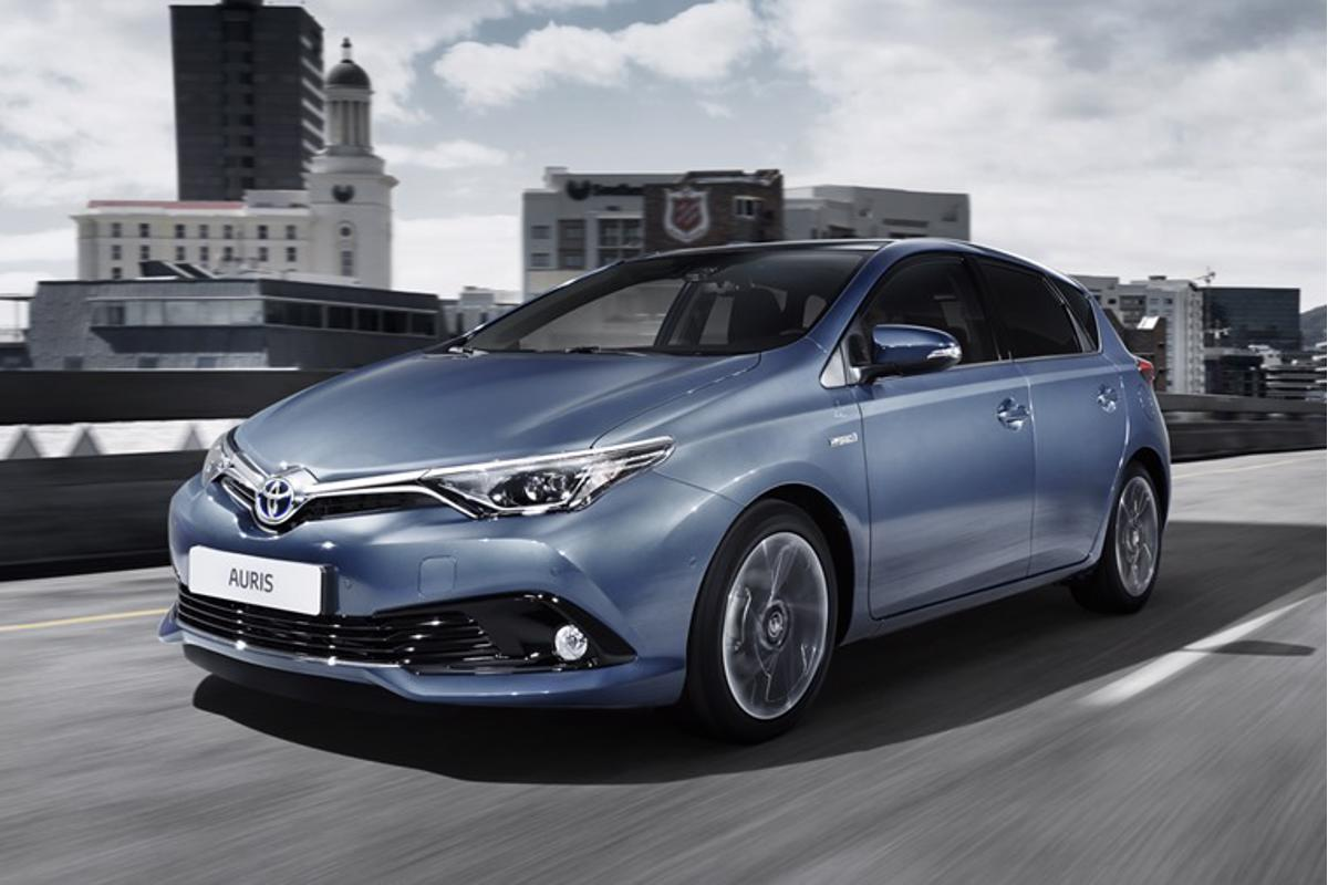 First Drive Review Toyota Auris Facelift 2016 Leasing Com