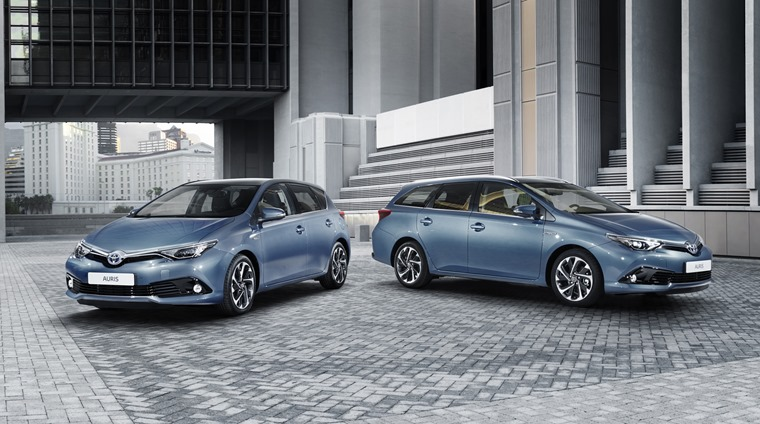 Toyota Auris hatch and Touring Sport Facelift 2016 (4)