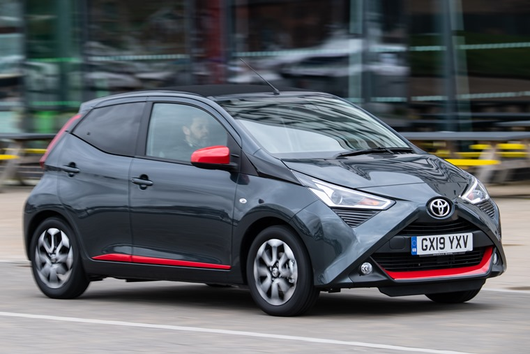 Toyota Aygo driving front