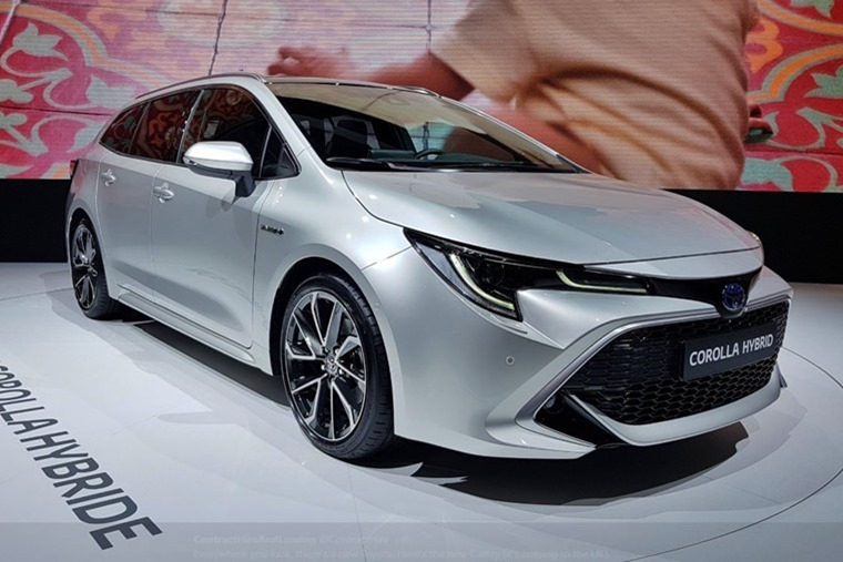 Toyota Corolla Touring Sports Paris Motor Show