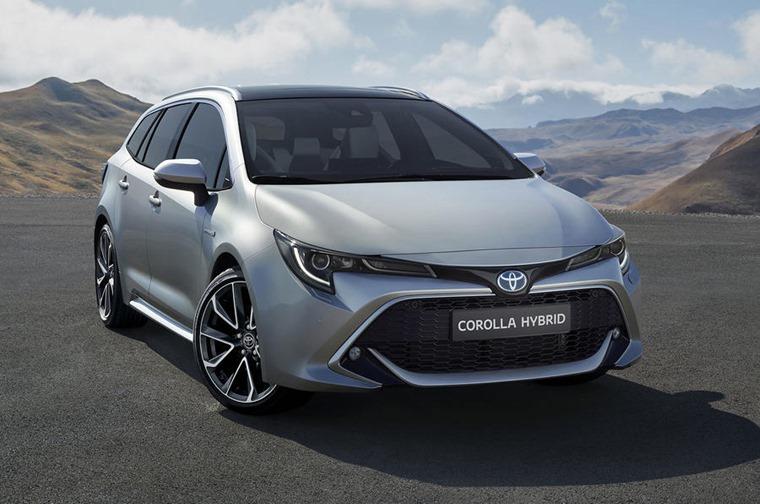 Toyota Corolla TS front