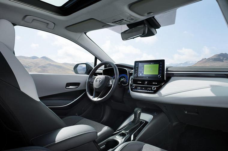Toyota Corolla TS interior