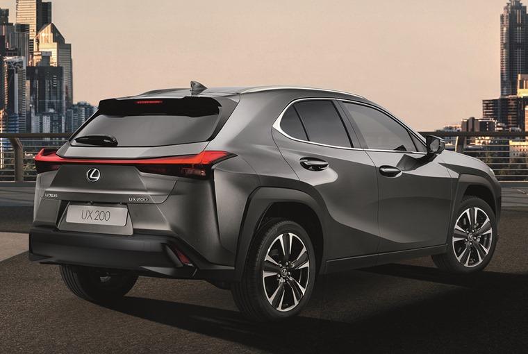 Lexus UX 2018 rear