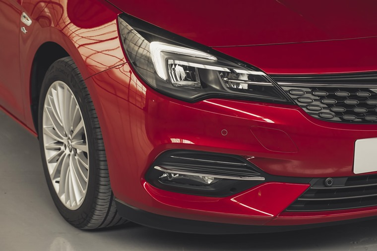Vauxhall Astra 2019 front wing