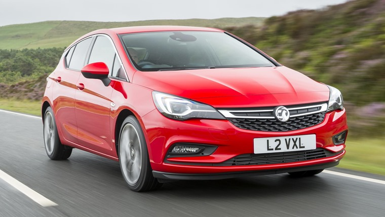 Vauxhall Astra Hatch 2016 Red Front Dynamic