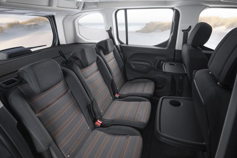 Vauxhall-Combo-Life-rear seats