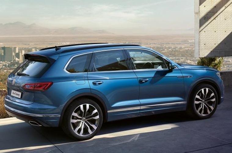 Volkswagen Touareg side 2018