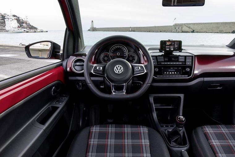 Volkswagen up! GTI (6)