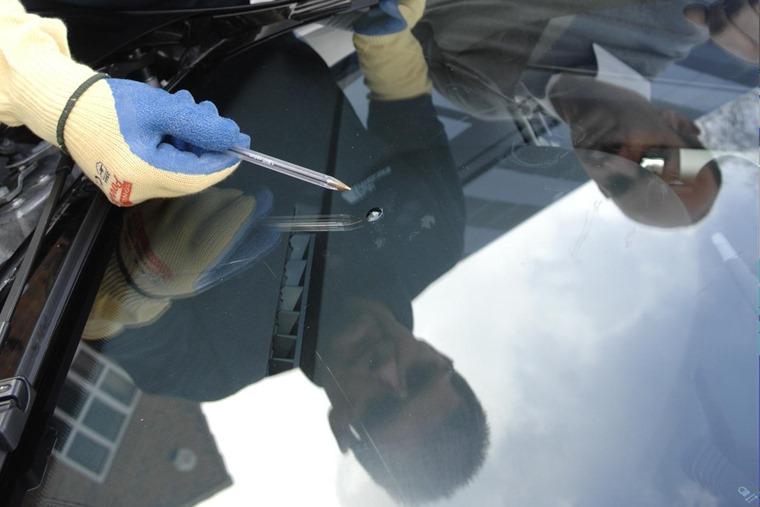 What Happens If A Leased Car Windscreen Cracks Leasing